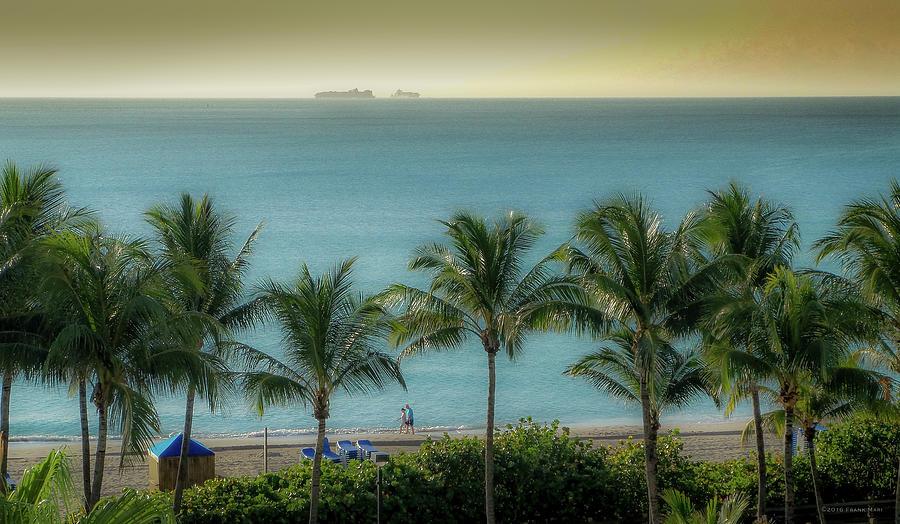 Mid-Beach Miami-2 by Frank Mari
