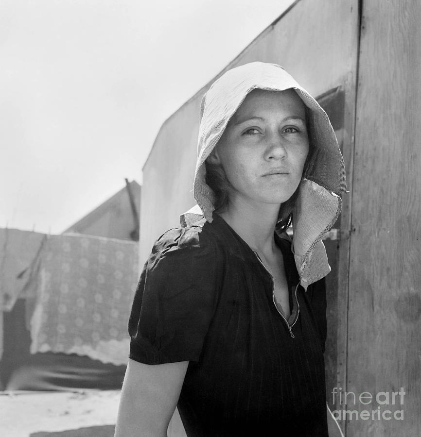 1940 Photograph - Migrant Mother, 1940.  by Granger