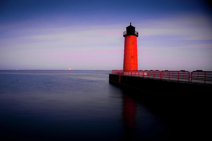 Milwaukee Light Beacon by Carl Simmerman