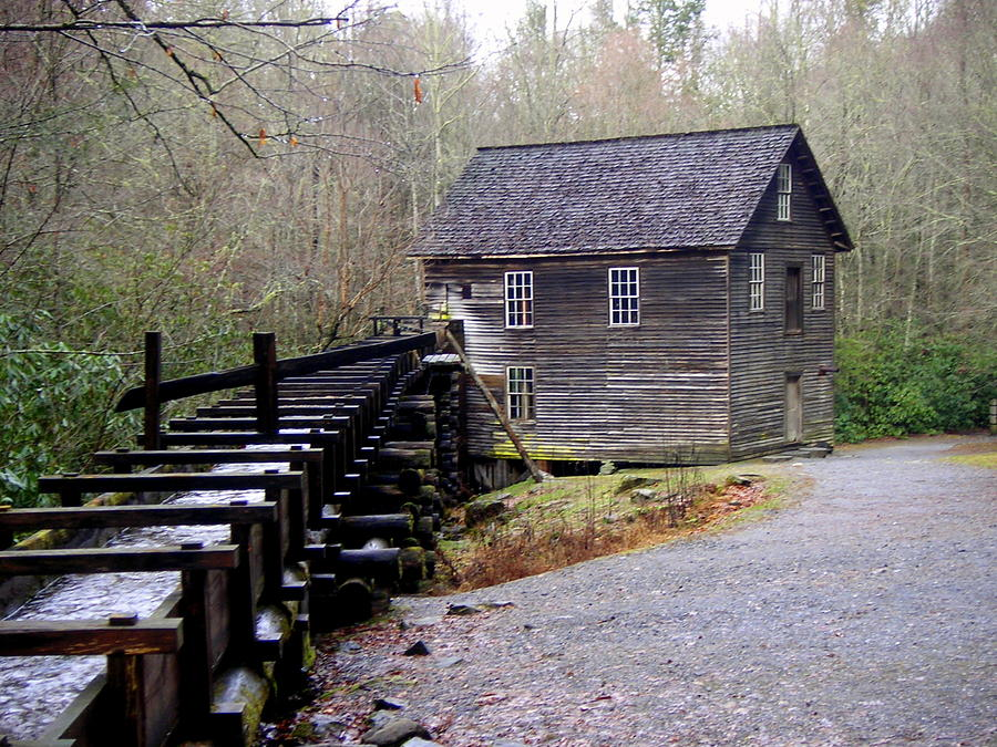 Great Smokey Mountain National Park Photograph - Mingus Mill by Marty Koch
