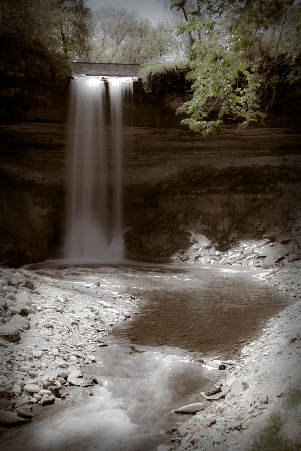 Minnehaha Falls by Chris Coward