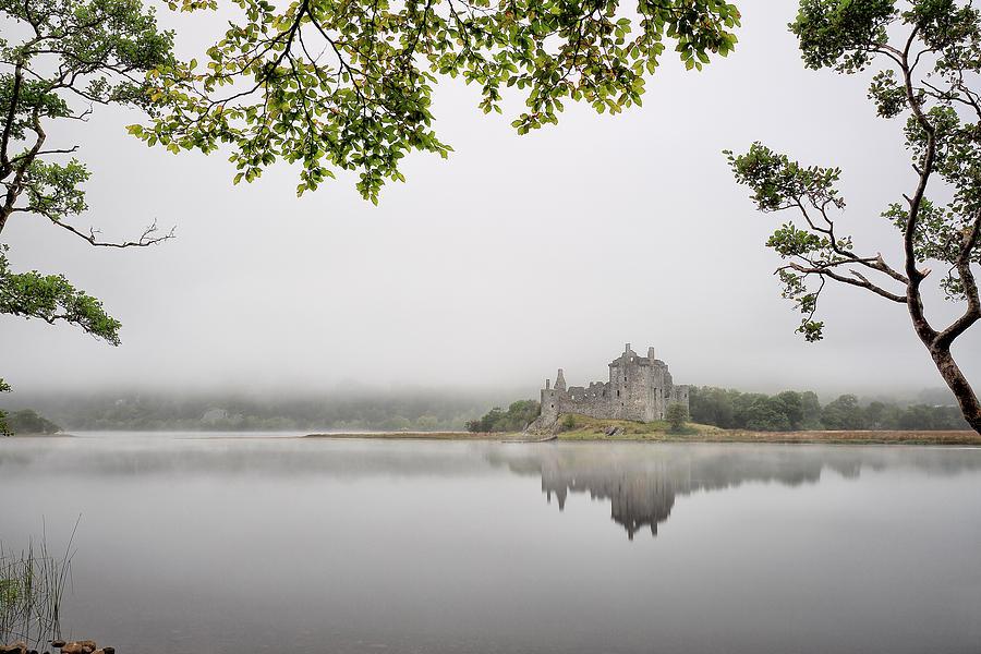 Kilchurn Castle Photograph - Misty Castle by Grant Glendinning