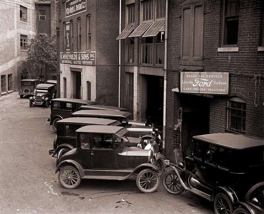 History Photograph - Model Ts, And One More Luxurious by Everett