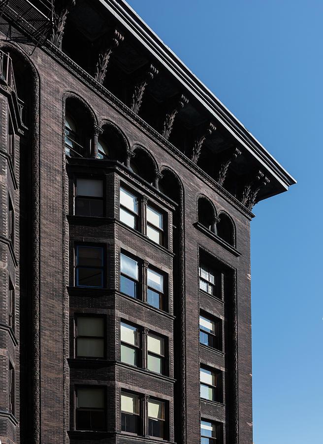 Monadnock Photograph - Monadnock Building Cornice Chicago by Steve Gadomski