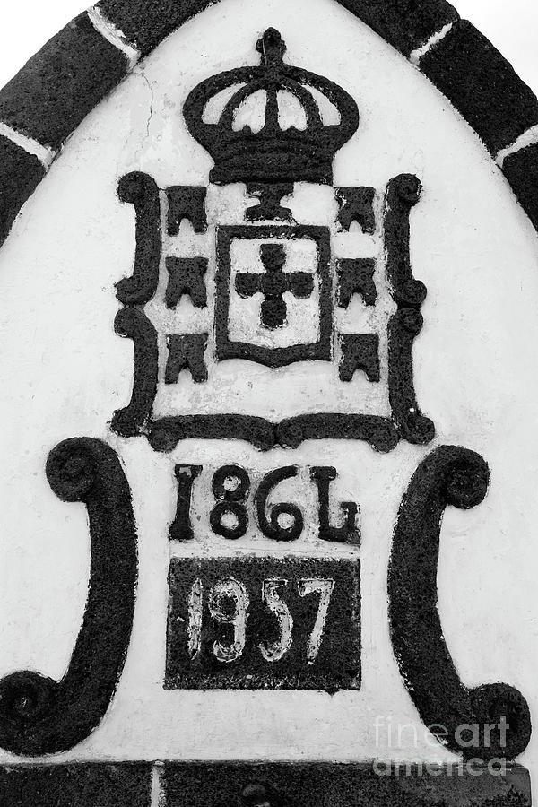 Portugal Photograph - Monarchy Symbols by Gaspar Avila