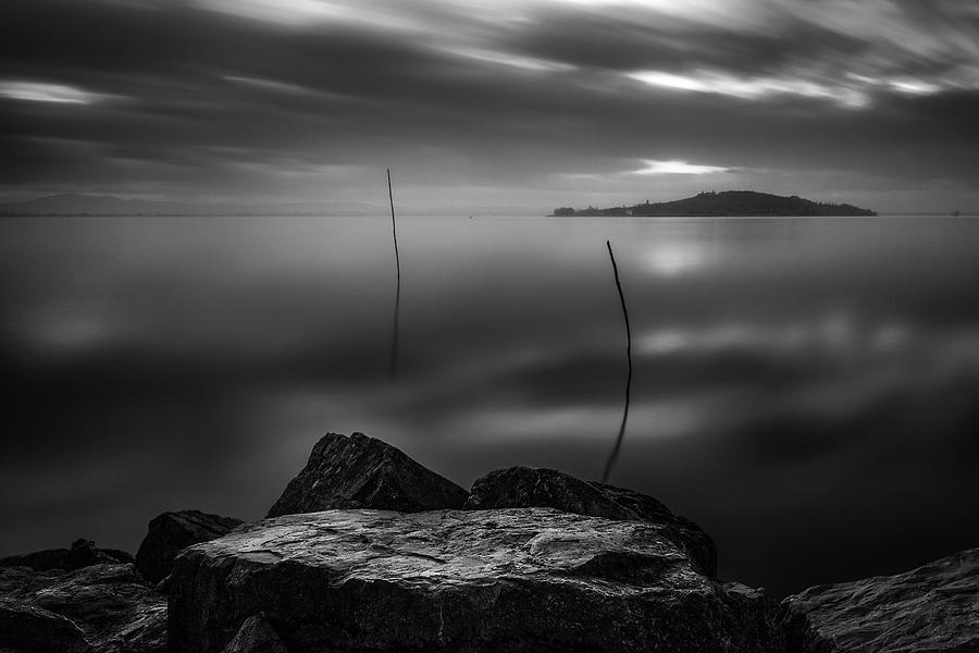 Monochrome Lake by Matteo Viviani