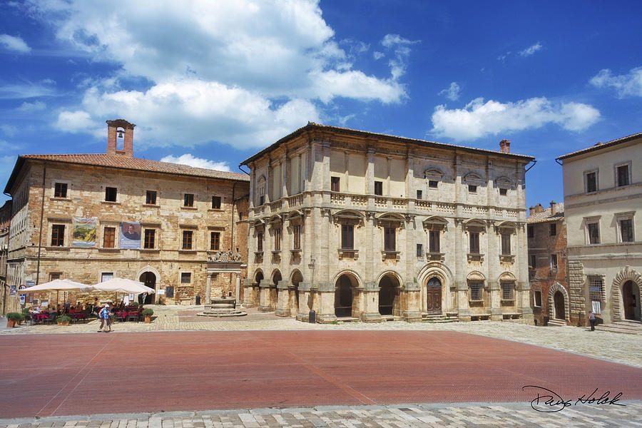Italy Photograph - Montepulciano Piazza Grande by Doug Holck