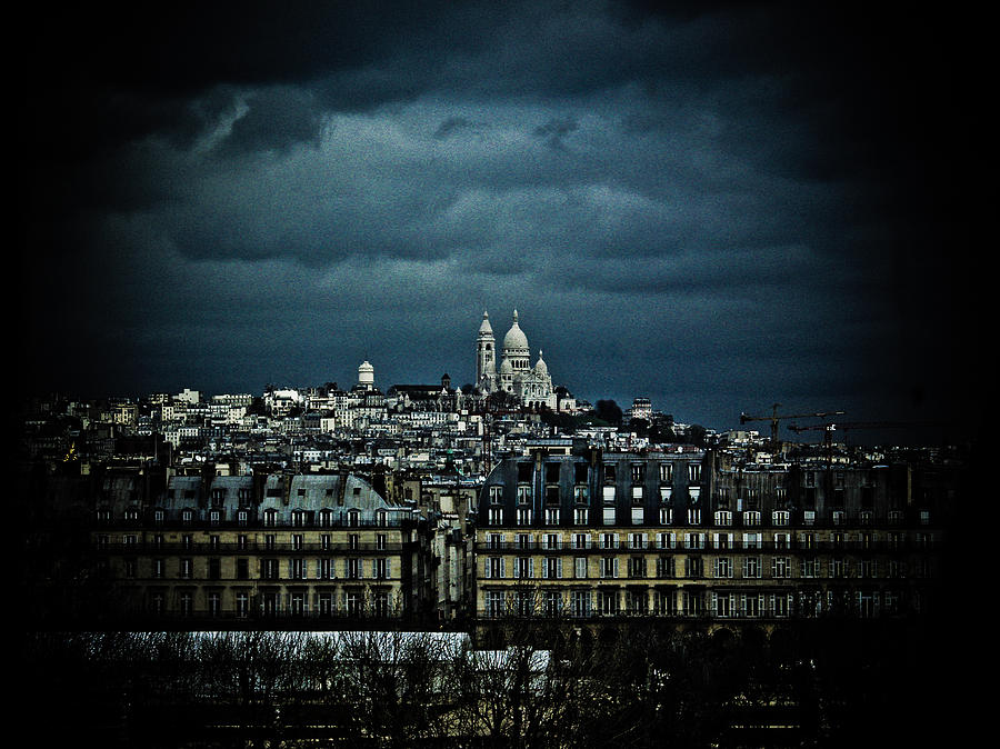 Montmartre Photograph - Montmartre by Mark Currier