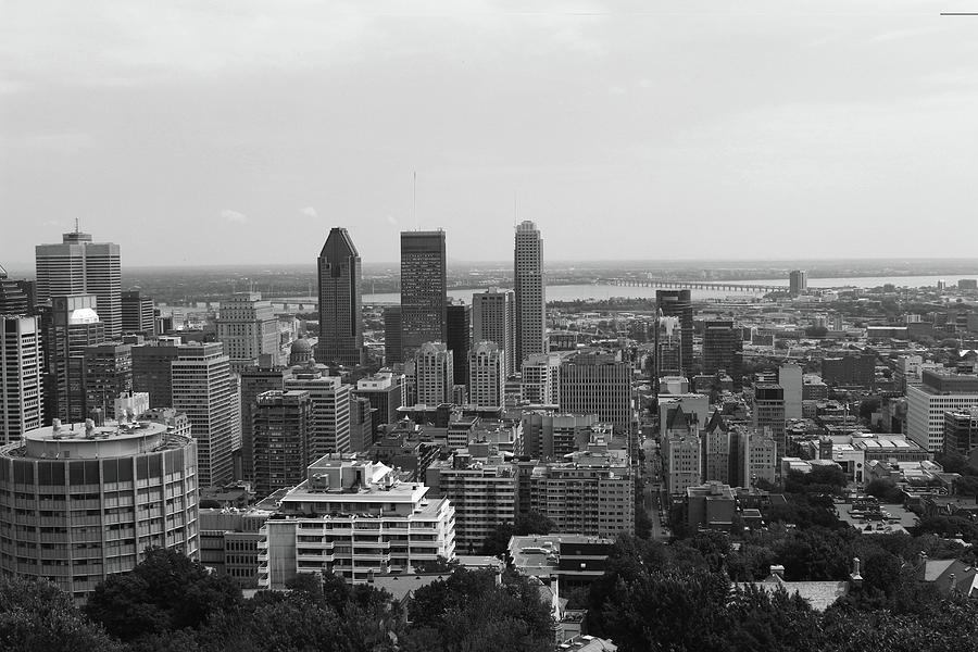Montreal Cityscape BW by Samantha Delory