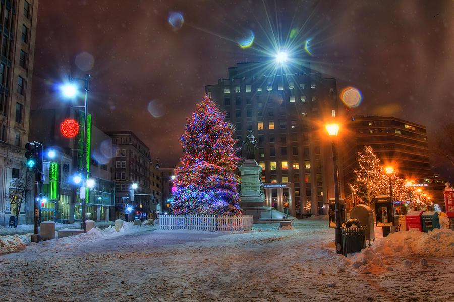 Portland Maine Christmas.Monument Square Portland Maine