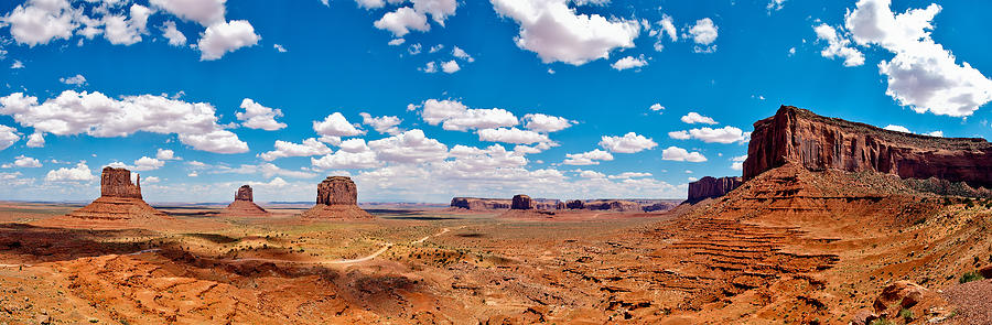 Monument Valley - The Large One by Andreas Freund