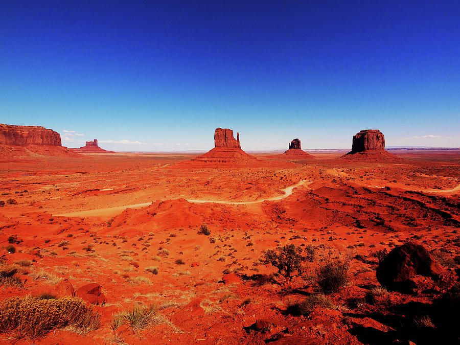 Monument Valley by Aurica Voss