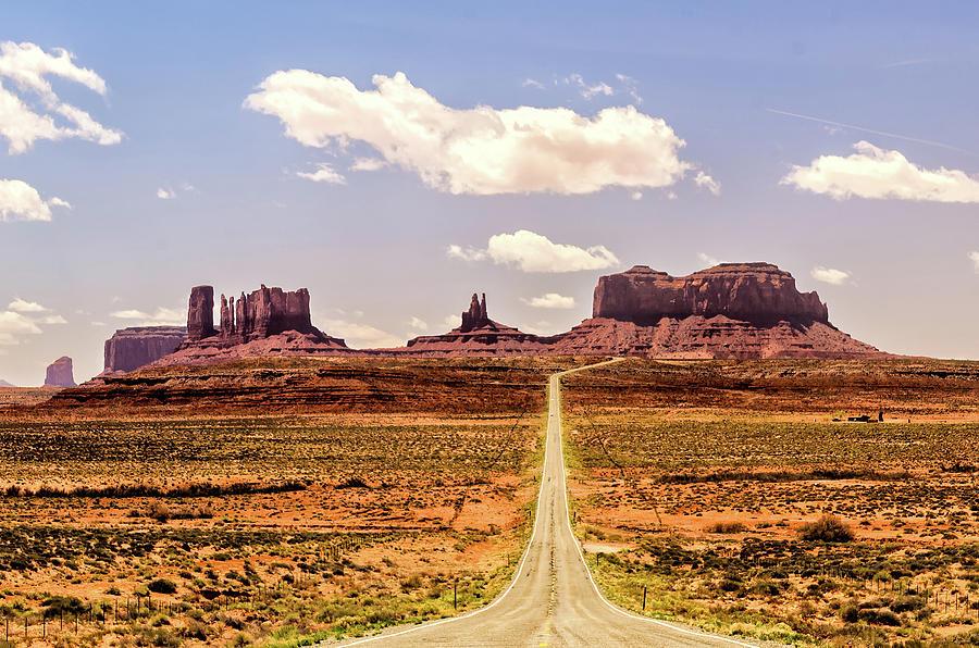 Monument Valley by Winnie Chrzanowski