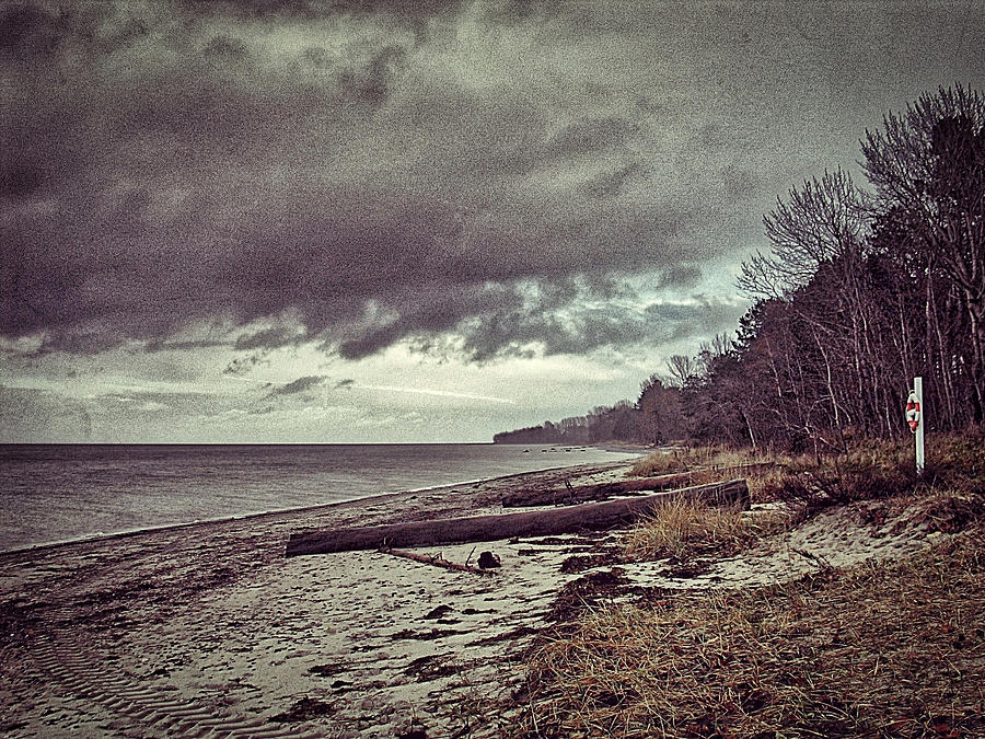 Moody beach by Ingrid Dendievel
