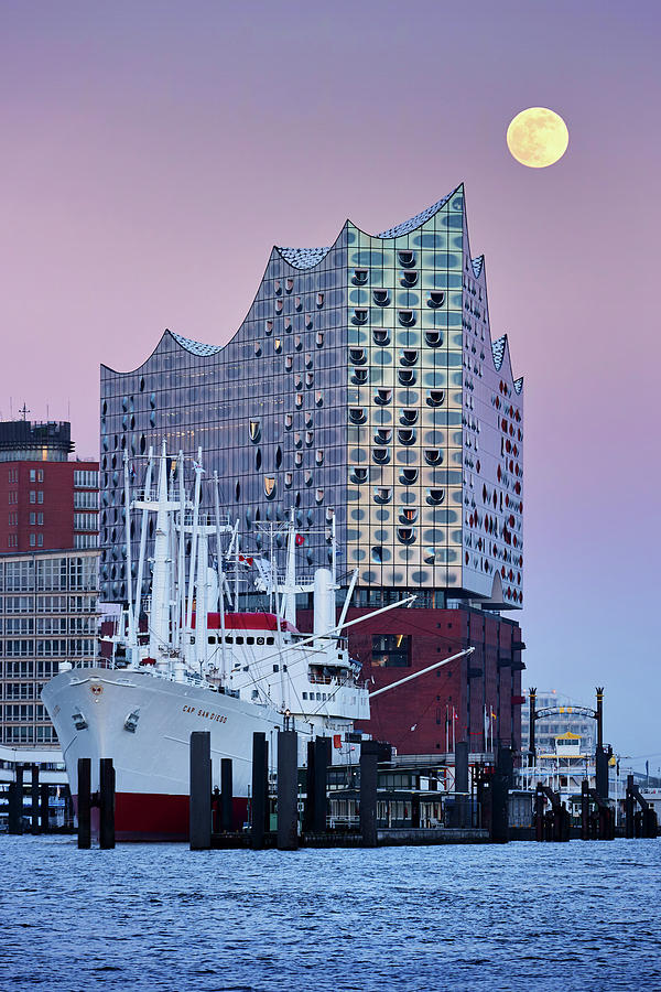 Moon over the Elbe Philharmonic Hall by Marc Huebner