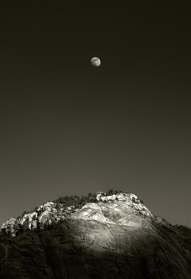 Moon Rise from Pa'Rus Trail, Zion NP, Utah by Michael Kirk