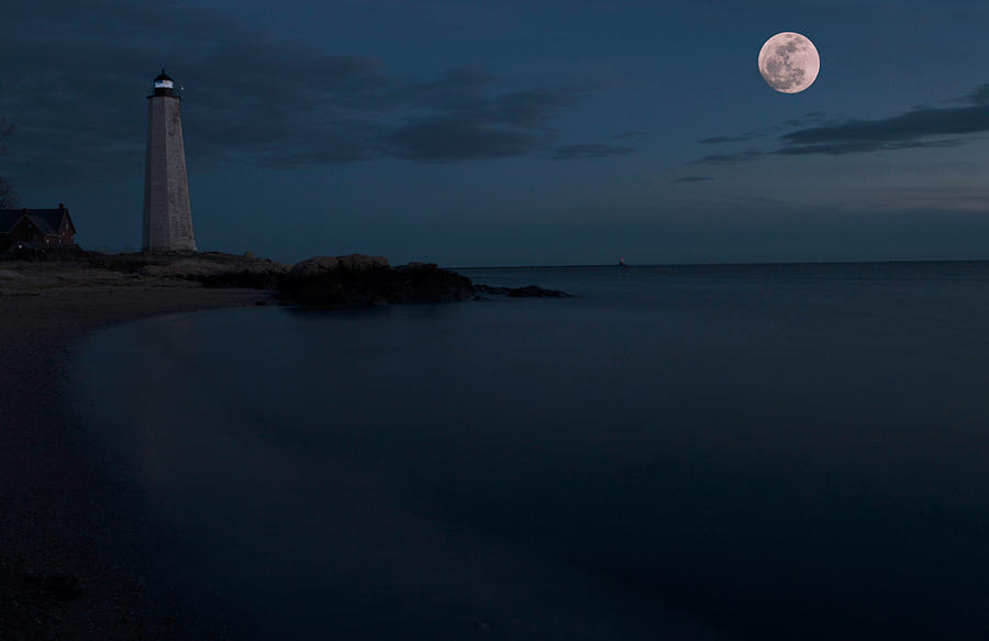 Moon Photograph - Moonrise Lighthouse Park by William Oakley