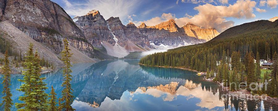 Moraine Lake At Sunrise In Banff National Park In Canada