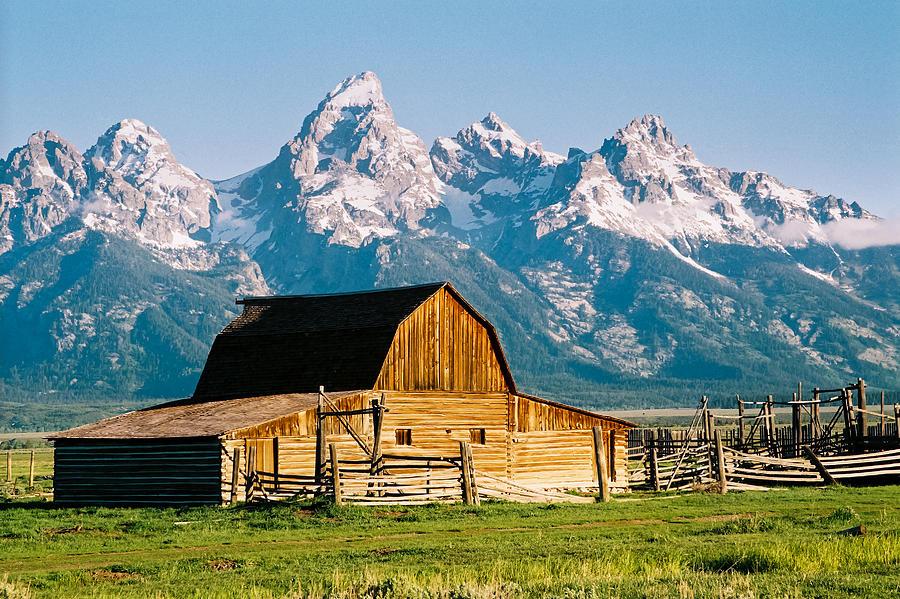 Mormon Barn Photograph - Mormon Barn by Paul Moore