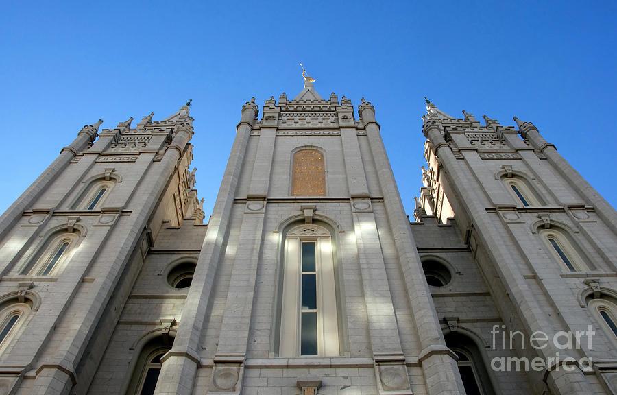 Mormon Temple Photograph - Mormon Temple by David Lee Thompson