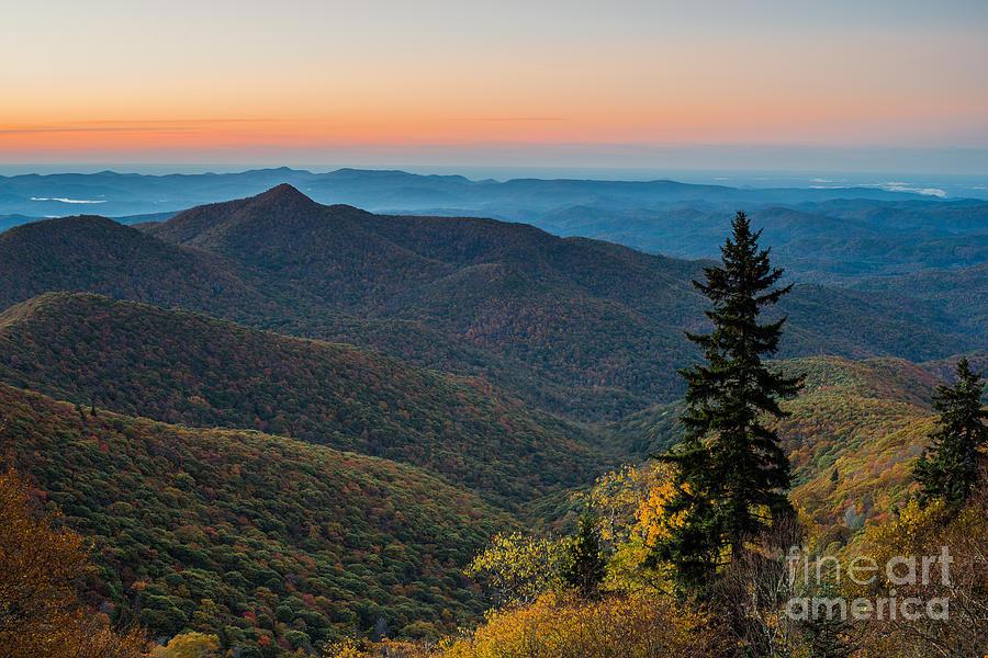 Sunrise Photograph - Morning Arrives. by Itai Minovitz