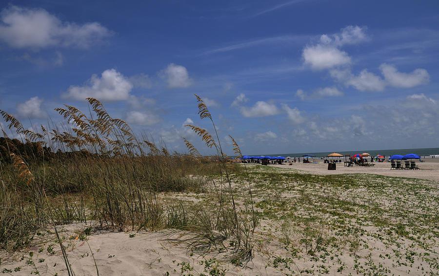 Beach Photograph - Morning At The Beach by Paul Beckelheimer