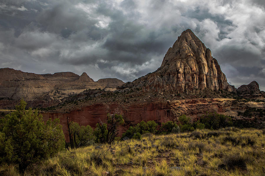 Morning Light at Capital Reef National Park Photograph by Paul Malen
