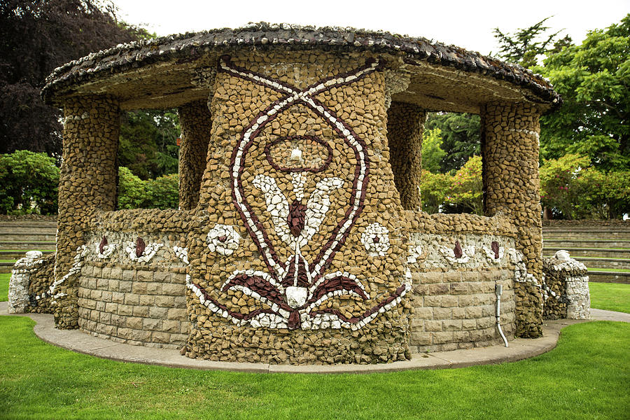 Mosaic Photograph - Mosaic Stone Bandstand In Anacortes by Tom Cochran