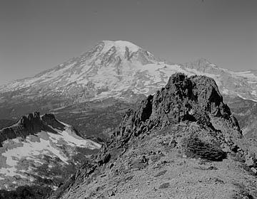Moumnt Rainier From Near Unicorn Peak Photograph by Paul Schaufler