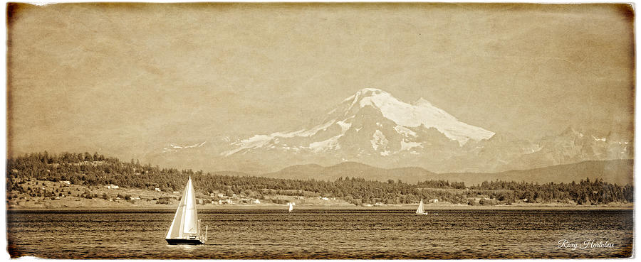 Mount Baker 10 Mile Point by Roxy Hurtubise