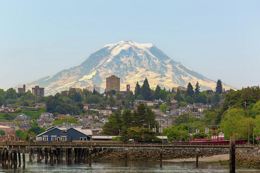 Mount Rainier Photograph - Mount Rainier at Tacoma Waterfront by David Gn