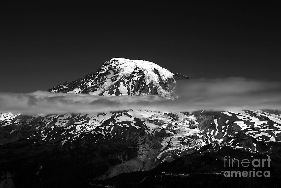 Mount Rainier Photograph - Mount Rainier by David Lee Thompson