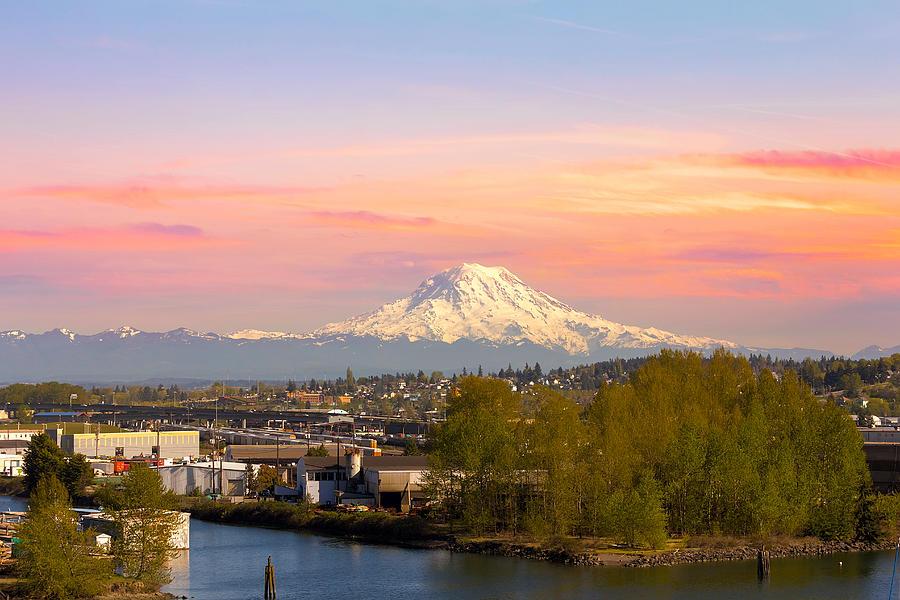 Mount Rainier Photograph - Mount Rainier From Tacoma Marina by David Gn