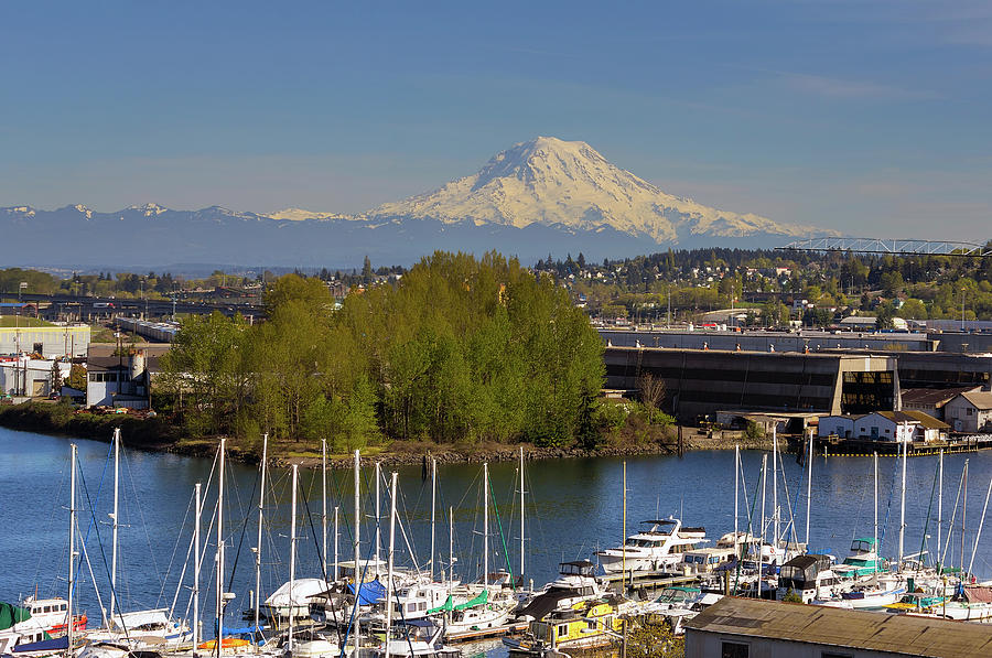 Tacoma Photograph - Mount Rainier from Thea Foss Waterway in Tacoma by David Gn