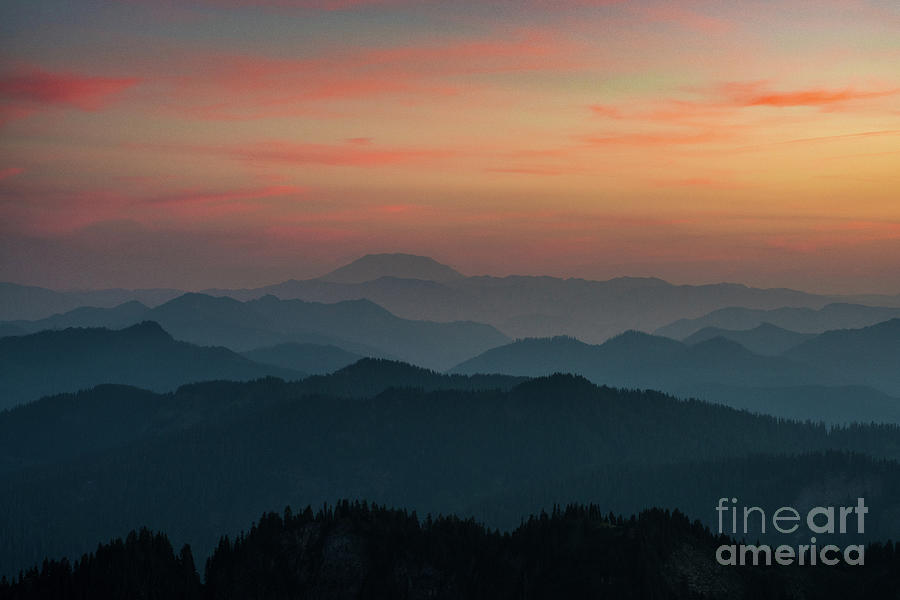 Rainier Photograph - Mount St Helens Sunset Layers by Mike Reid