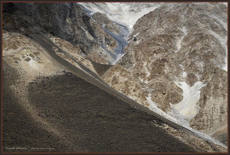 Abstract Photograph - Mountain Abstract by Kedar Munshi