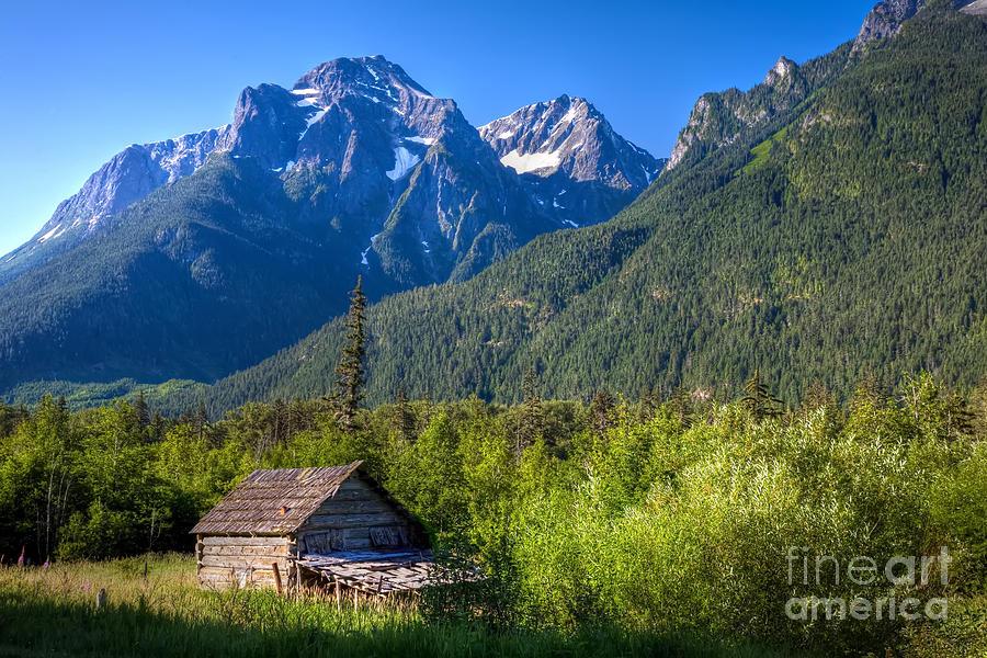 Cabin Photograph - Mountain Cabin by Rick Mann