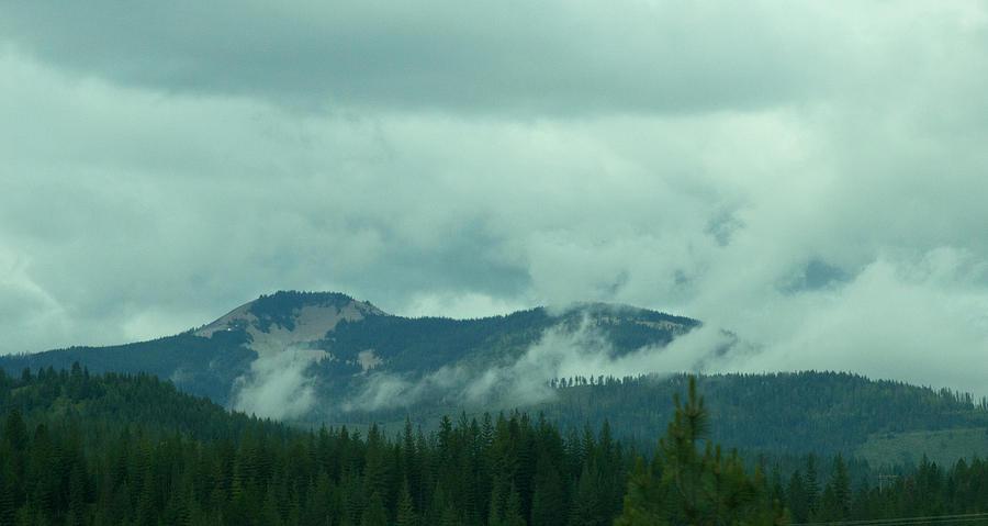 Washington Photograph - Mountain Clouds by Linda Kerkau