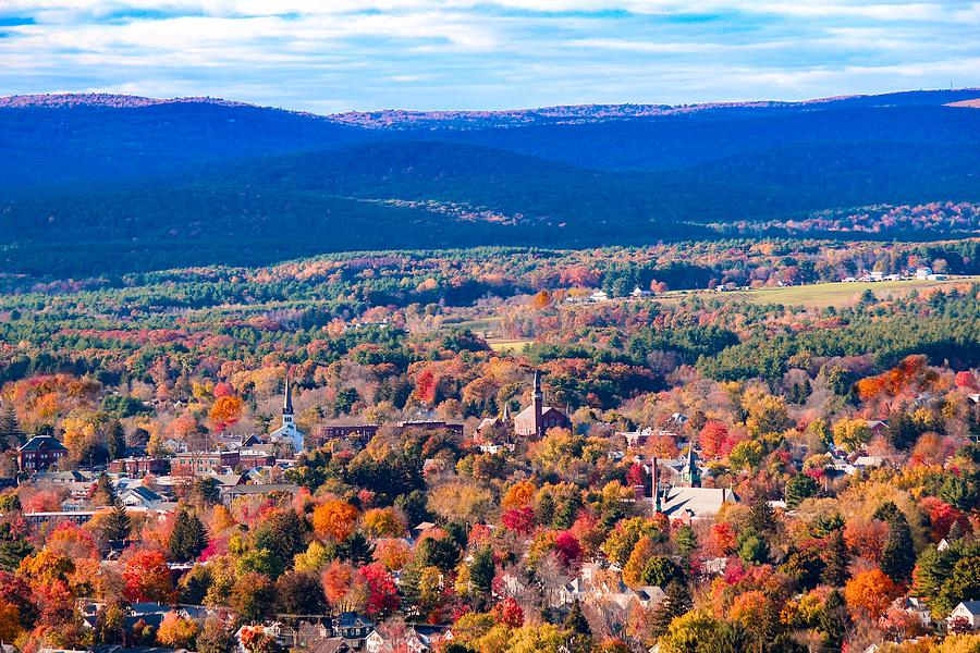Mountain view of Easthampton, MA by Sven Kielhorn