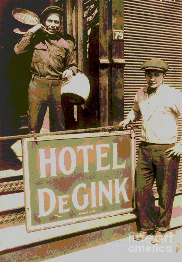 New York City Photograph - Moving Hotel Degink by Padre Art