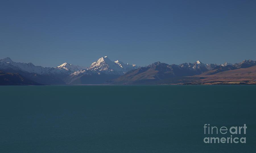 Mt Cook - New Zealand by Julian Wicksteed