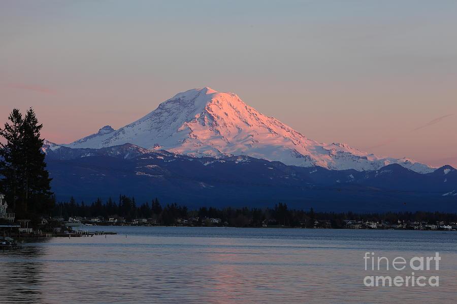 Mt Rainier Photograph - Mt Rainier Sunset by Peter Simmons