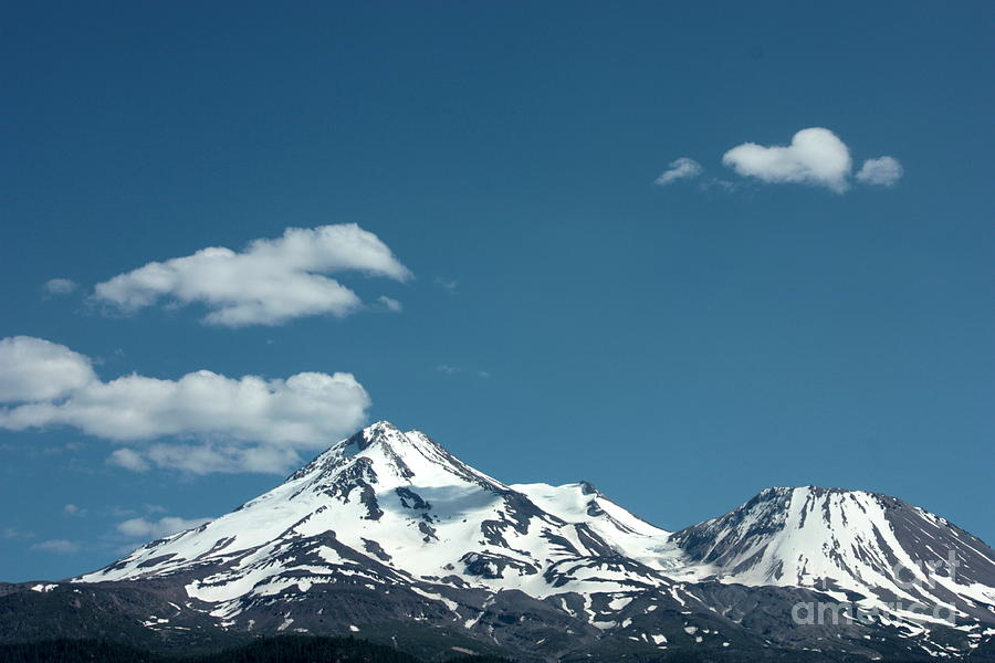 Cloud Photograph - Mt Shasta With Heart-shaped Cloud by Carol Groenen
