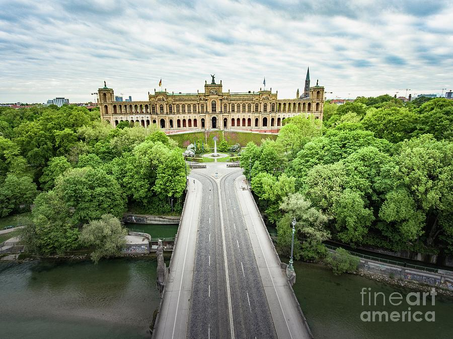 Munichs picturesque Maximilianeum by Hannes Cmarits