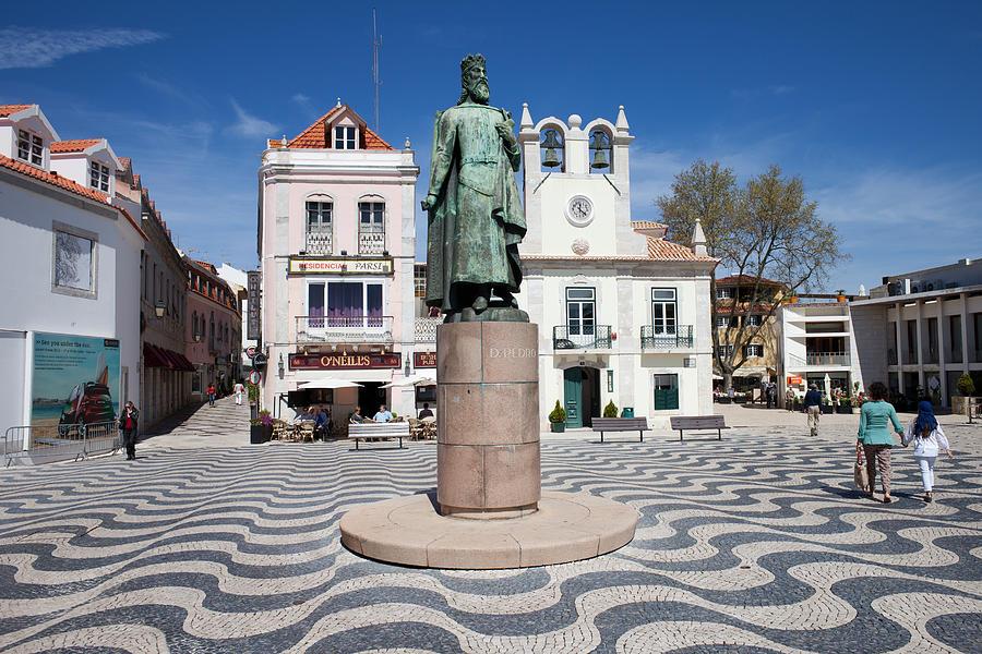 Cascais Photograph - Municipal Square In Cascais Portugal by Artur Bogacki
