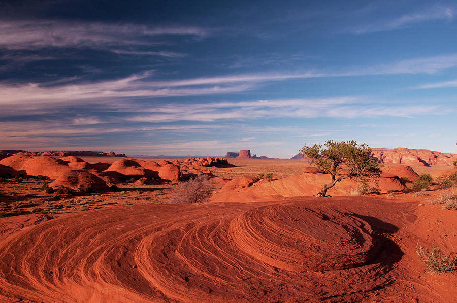 Monument Valley Photograph - Munument Vally by Norman Hall