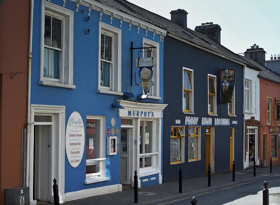 Irish Photograph - Murphys Ice Cream Dingle Ireland by Teresa Mucha