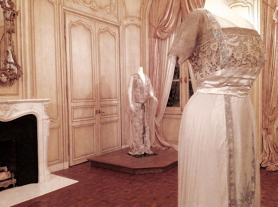 Museum Period Room With Victorian Ladies Gowns Photograph by ...