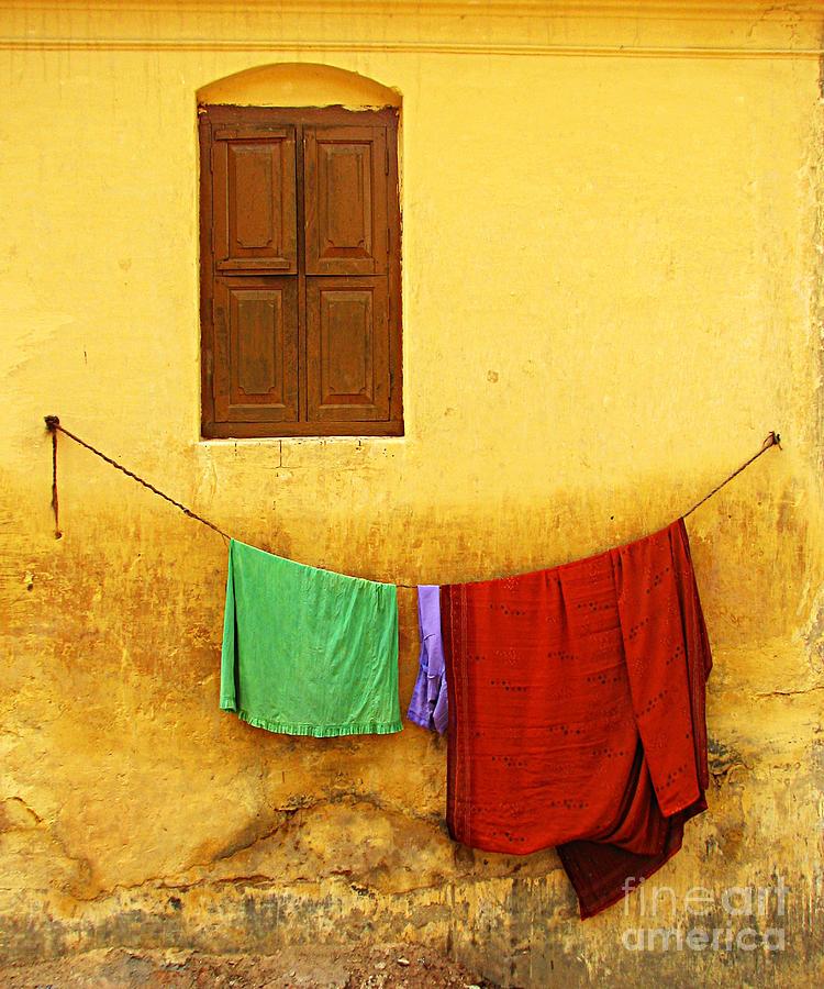 Window Photograph - Mysore Wall by Derek Selander