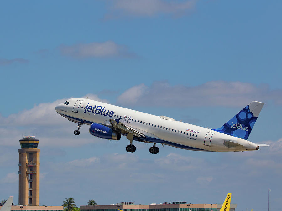 N625jb Jetblue At Fll Photograph by Dart and Suze Humeston